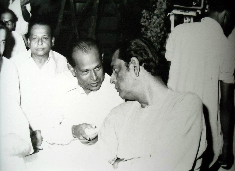 Tapan-Sinha-and-Satyajit-Ray